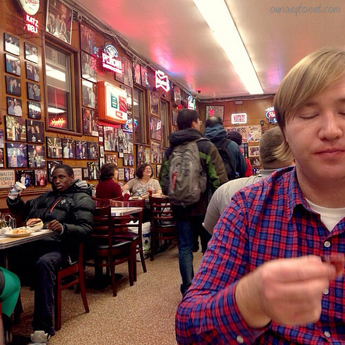 Bjorn at Katz's ourwaytoeat